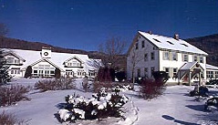 Hawk Inn and Mountain Resort Exterior